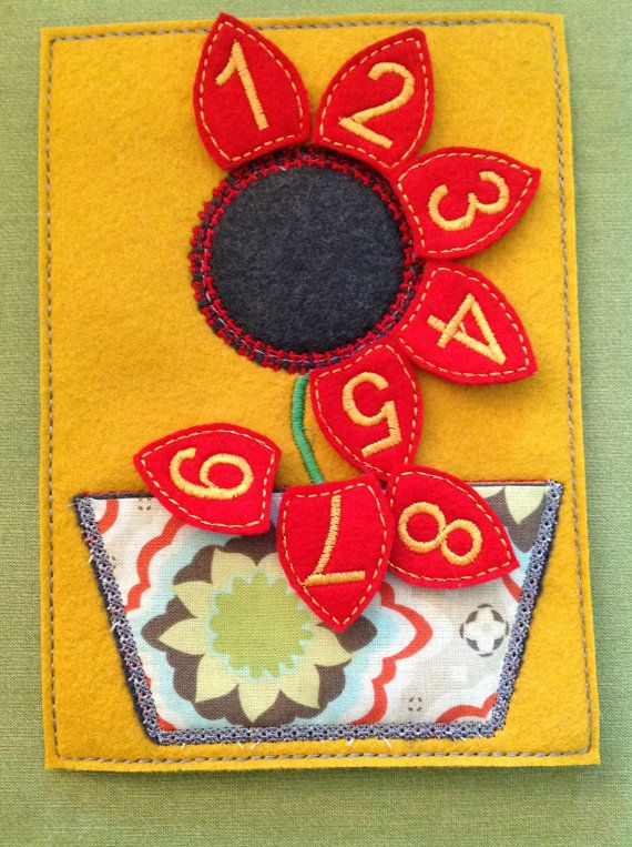 Flower Felt Board - Toddlers love counting the petals!