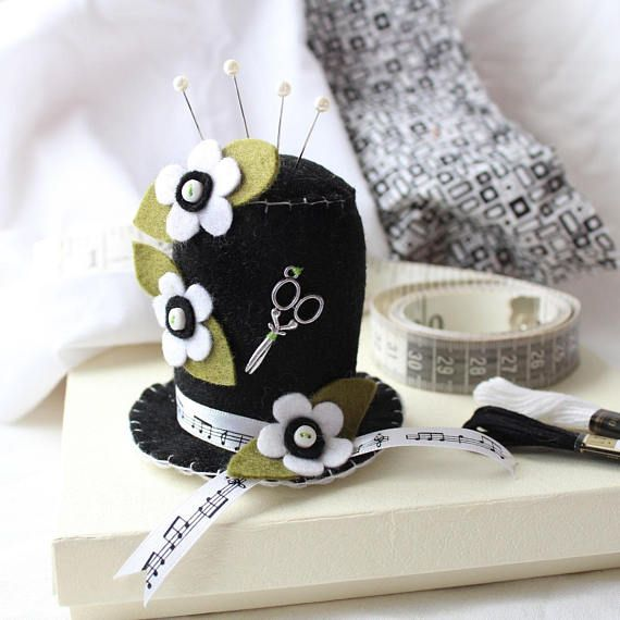 Ascot Style Black & White Pincushion Hat, Music Lover Sewing Pin Cushion Crafter Gift, Black Felt Pincushion with White Flowers, Sewing Gift