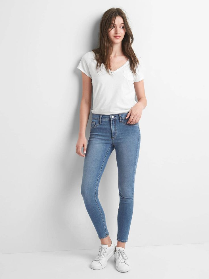 Mid rise easy ankle jeggings from the Gap {this is an affiliate link}