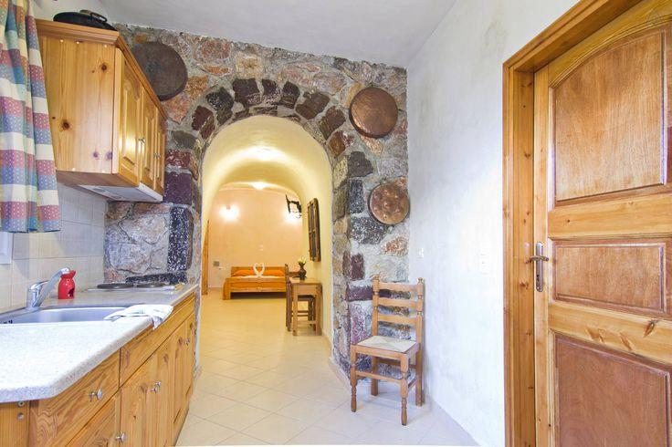 Santorini airbnb - adorable cave house, pool, nearish beach, helpful hosts $74/night