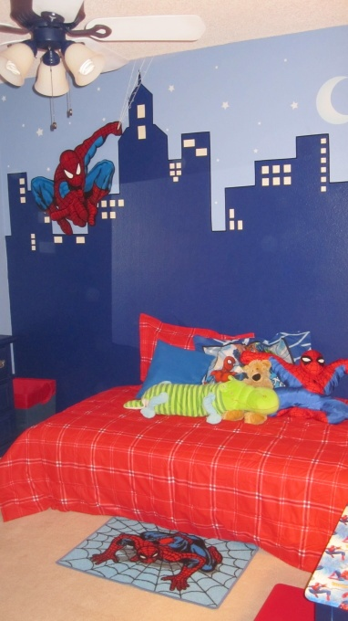 Spiderman room- like the cityscape painting....maybe with chalkboard paint
