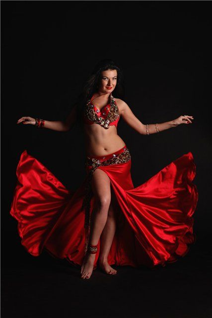 red suits - Page 17 - Belly Dance Forums