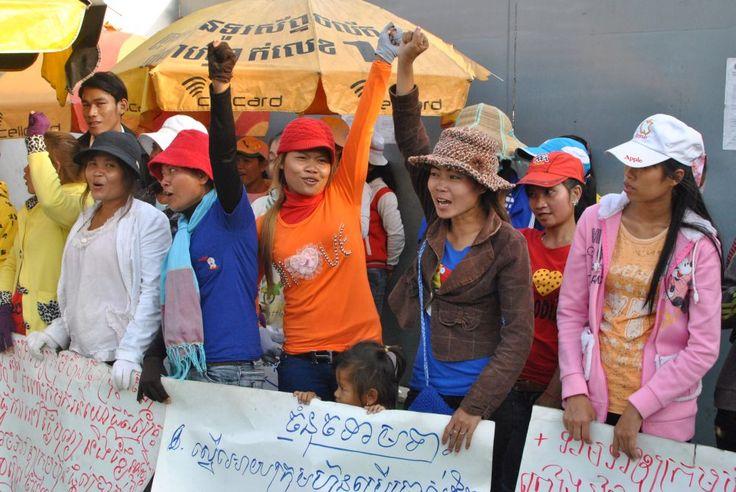 Odpowiedzialna moda w Polsce- debata z udziałem pracowników z Kambodży | http://dekoeko.com/odpowiedzialna-moda-w-polsce/ | Czytaj więcej na www.dekoeko.com