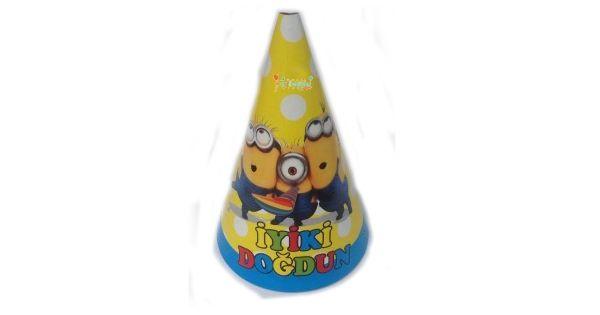 Minions ŞapkaÇılgın Hırsız Karton Şapka Ürün ÖzellikleriÜrün Paketinde 6 AdetMinions Şapka bulunuyor.Karton Şapka Kaliteli ve canlı renklere sahiptir..Minyonlar temalı şapkalar kartondan üretilmiştir.Doğum günü partilerinin vazgeçilmez bir ürünü olup çocuklara dağıtabilirsiniz. FarklıMinions T