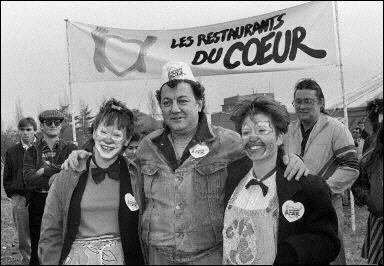 Coluche en 1985, lors de la création des Restos du coeur