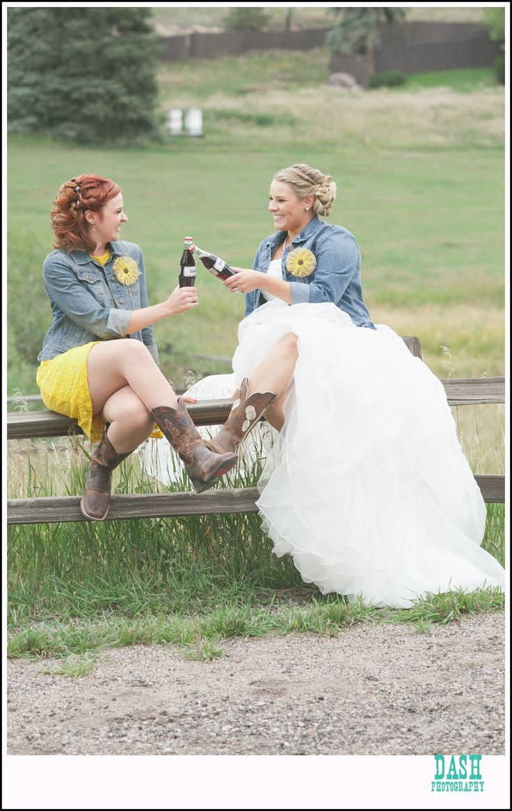 maid of honor special pictures; MOH toasts; country wedding, coke toasts, red barn, meadows at marsh dale, evergreen wedding