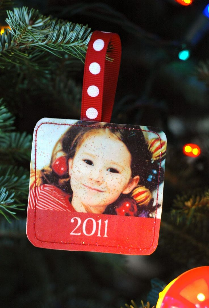 What a great grandparent gift and memento for your own tree...