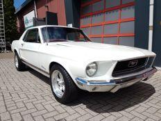 Ford - Mustang Techo rígido cupé - 1968