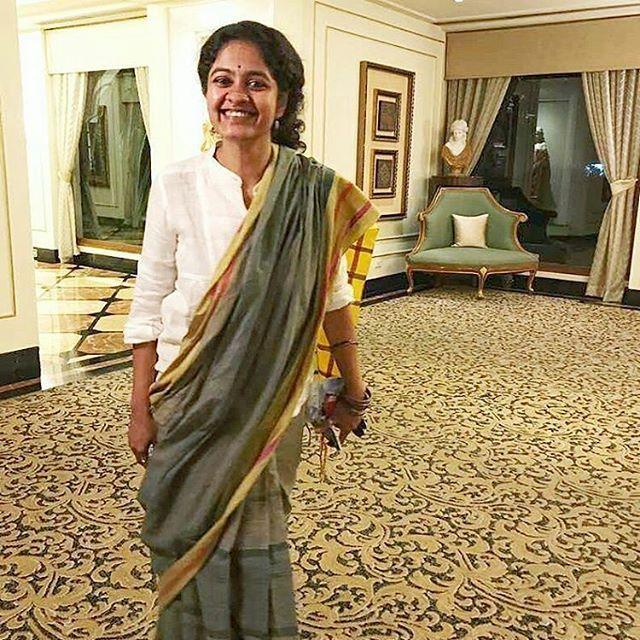 from @peekaymoorthy -  Dresscode: 'Smart Casual' - My Take.  #Fulbright #Masters #Orientation #Hyderabad #iwearsarees #sareeissexy #iwearhandlooms