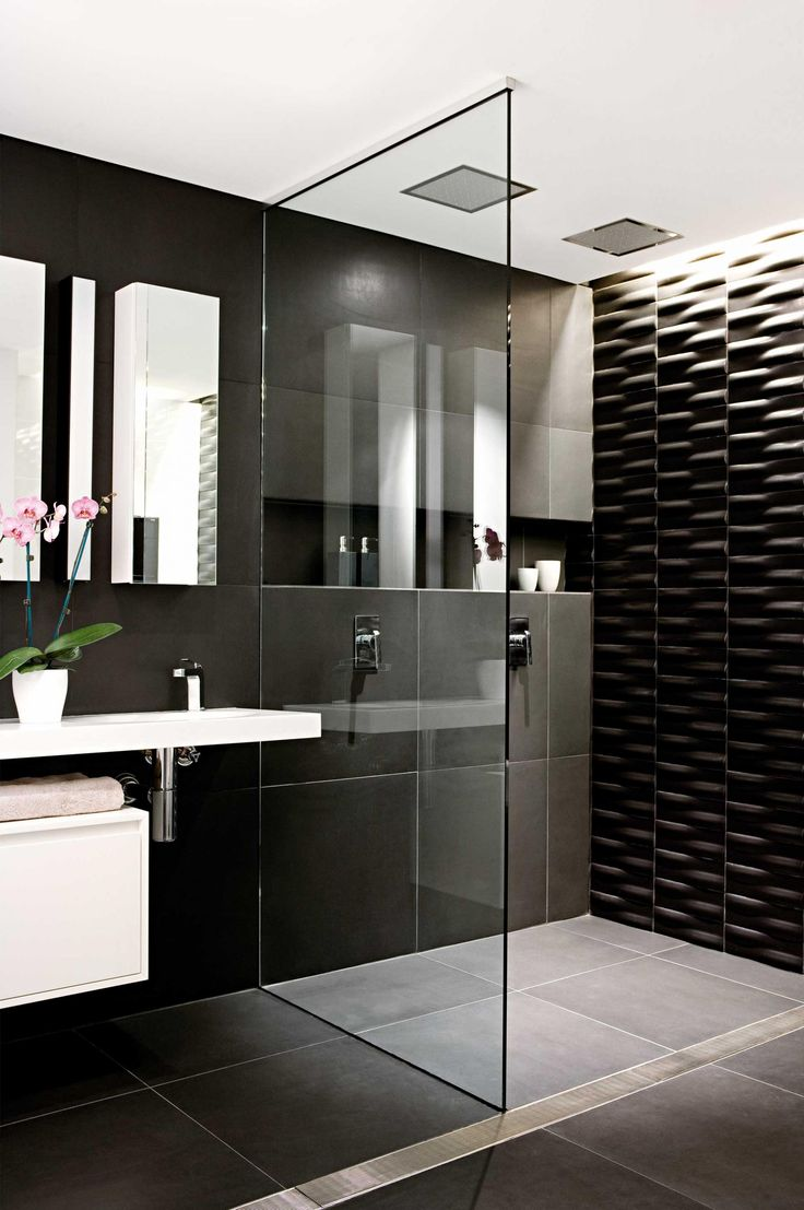 Black And White Bathroom   Twin Ceiling Mounted Square Shower Heads And  Feature Wall With Recessed Lighting (styling By Vanessa Colyer Tay,  Photography By ...