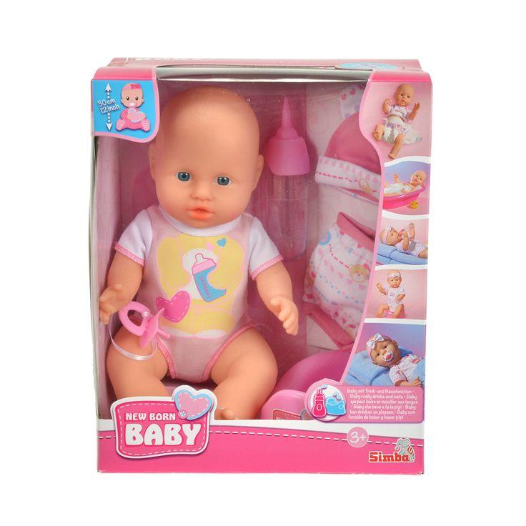 Deze lieve pasgeboren baby is op zoek naar iemand die graag voor haar wil zorgen. Geef de pop het flesje of de fopspeen, zet haar op het potje en doe haar haar kleertjes aan. Wat heel bijzonder is, is dat de pop echt kan drinken. En... Echt kan plassen! Afmeting: hoogte pop: 30 cm - New Born Baby met Kleding