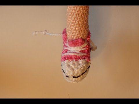 Amigurumi All Star : Sneaker all-star for dolls crochet tutorial - YouTube ...