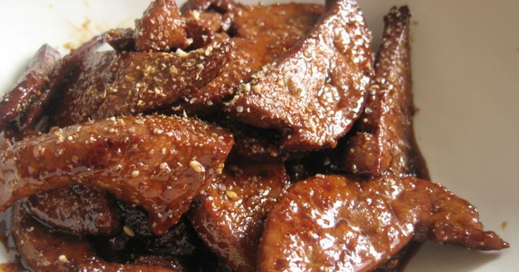 簡単なのに臭みのない、ふっくらおいしい鉄分たっぷりの豚レバーの甘辛煮ができちゃいます。油と一緒に摂取すると吸収率もUP