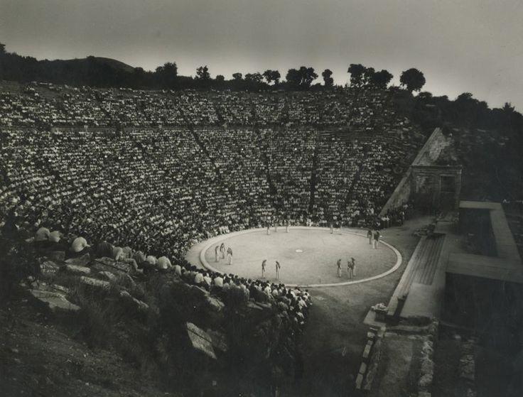 Ιππόλυτος του Ευριπίδη, Εθνικό Θέατρο. Επίδαυρος, 1954. φωτ.Δημήτρης Χαρισιάδης