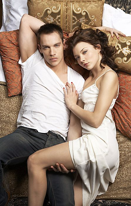 Jonathan Rhys-Meyers/King Henry VIII and Natalie Dormer/Anne Boleyn. Oh How I miss The Tudors!