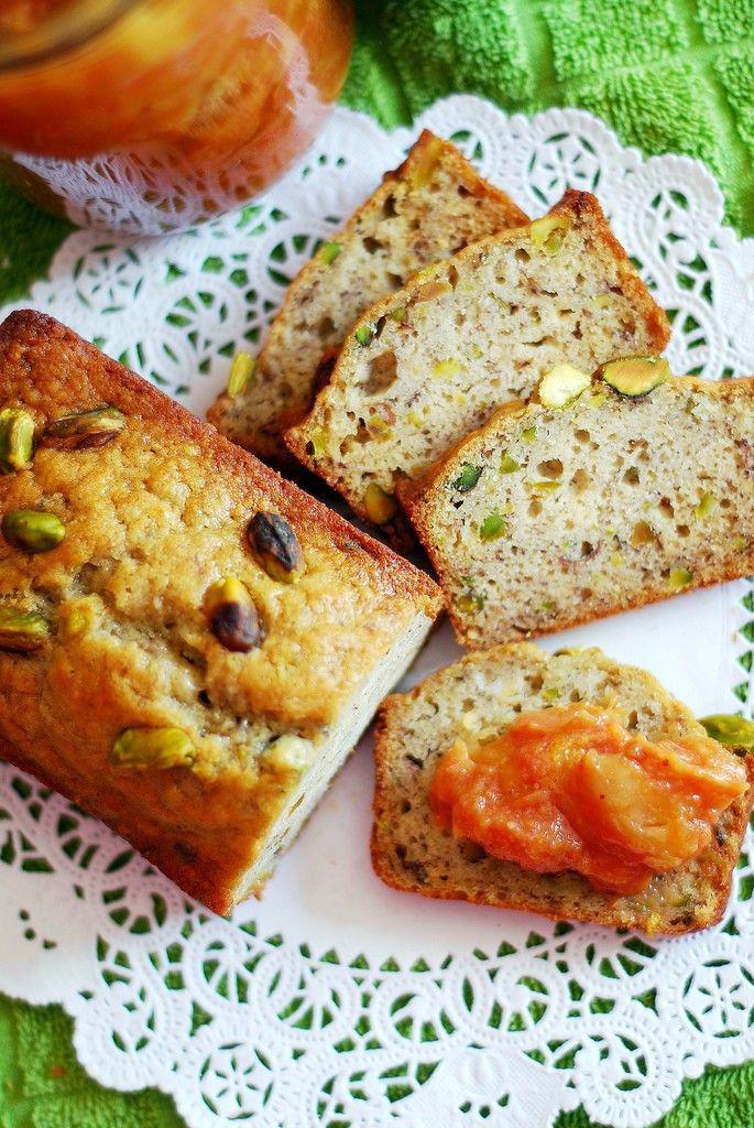 delicious inspiration.: Banana Pistachio Cakes with Guava ...
