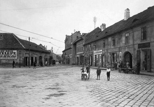 GUUD NÀJT! Óbuda Lajos utca a Tél utcától nézve. 1917. via:... IFTTT Tumblr