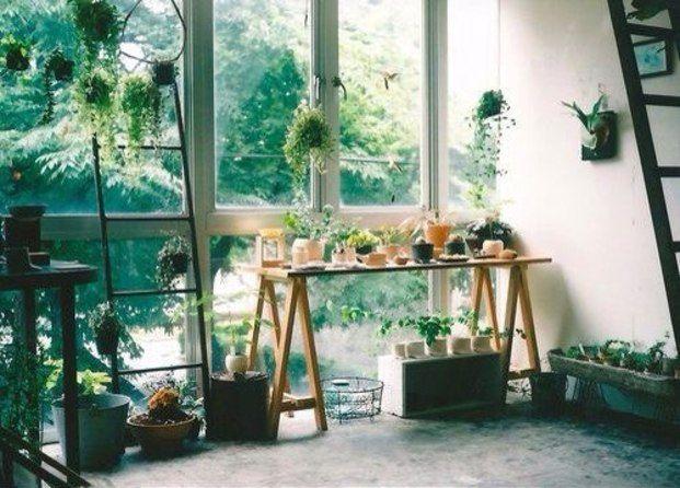 植物ネイルで夏を先取り。大人シンプルなボタニカルネイル集 - Locari(ロカリ)