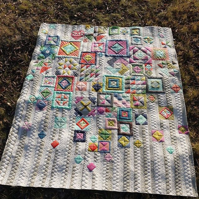 Kathleen Quilts - Gypsy Wife Quilt...incredible quilting