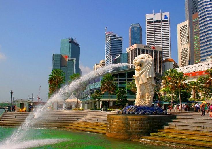 Сингапур: прогулка по колоритному мегаполису Юго-Восточной Азии  Одно из самых маленьких государств в мире Сингапур – это удивительное место, в котором тесно переплелись культуры Запада и Востока. Одновременно эта страна является и городом, где каждый прибывший турист на несколько дней, погружается в атмосферу праздника и веселья. Кажется, что Сингапур построили лишь для того, чтобы ходить по шумным рынкам, вкушать невероятно вкусные блюда национальной кухни и постоянно любоваться его…