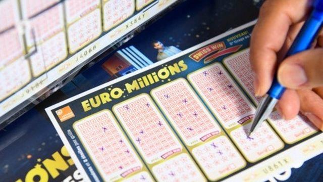 La cagnotte de l'Euro Millions grimpe encore