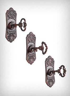 Towel hooks shaped like old keys