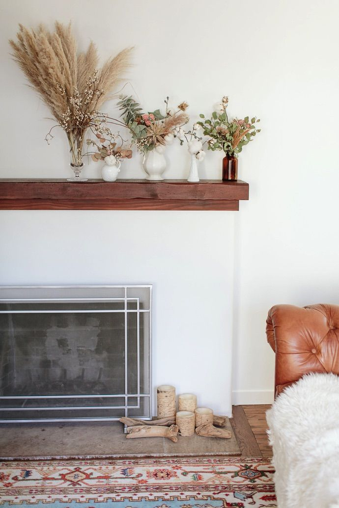 Decorating with dried flowers / photo by Emily Scott florals Michelle Lywood Styling Taylor Sterling