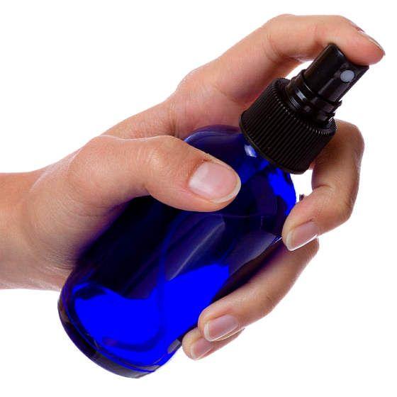 Hoe je op eenvoudige wijze zelf magnesiumolie kunt maken om effectief een tekort (dat bijna iedereen heeft!) aan magnesium aan te vullen