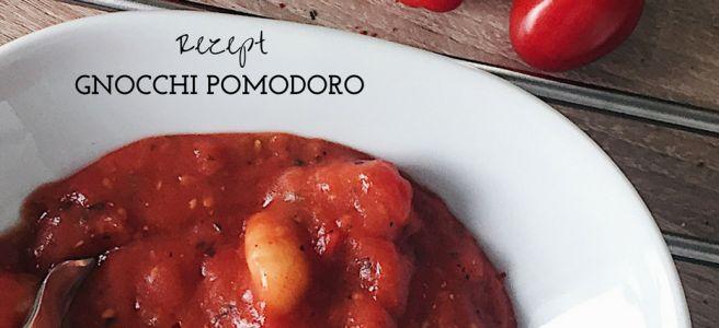 Rezept Gnocchi Pomodoro Ein super leckeres und einfaches Rezept! Vegan / vegetarisch (www.nadjaloves.com)