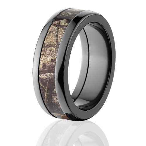 RealTree Rings, Camouflage Wedding Bands, RealTree AP Camo Ring  Price : $275.25 http://www.thejewelrysource.net/RealTree-Rings-Camouflage-Wedding-Bands/dp/B00HX0FLIG