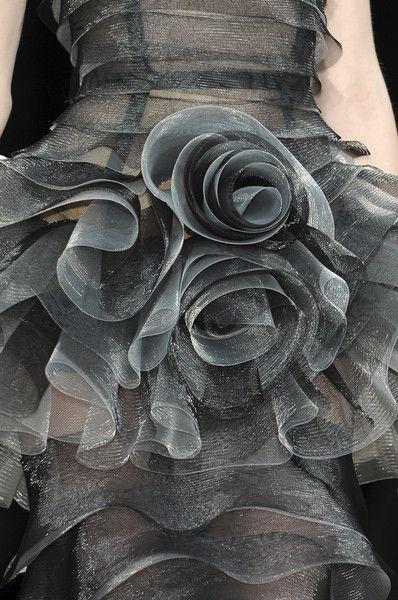 ♕ Dress Details to Die For ♕ Talbot Runhof at Paris Fashion Week Fall 2010 details, grey ruffled rosettes