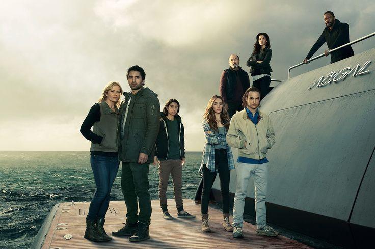 Fear the Walking Dead S2 Cast Promotional Photo