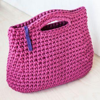 Monedero de ganchillo rosa por KnitKnotKiev en Etsy