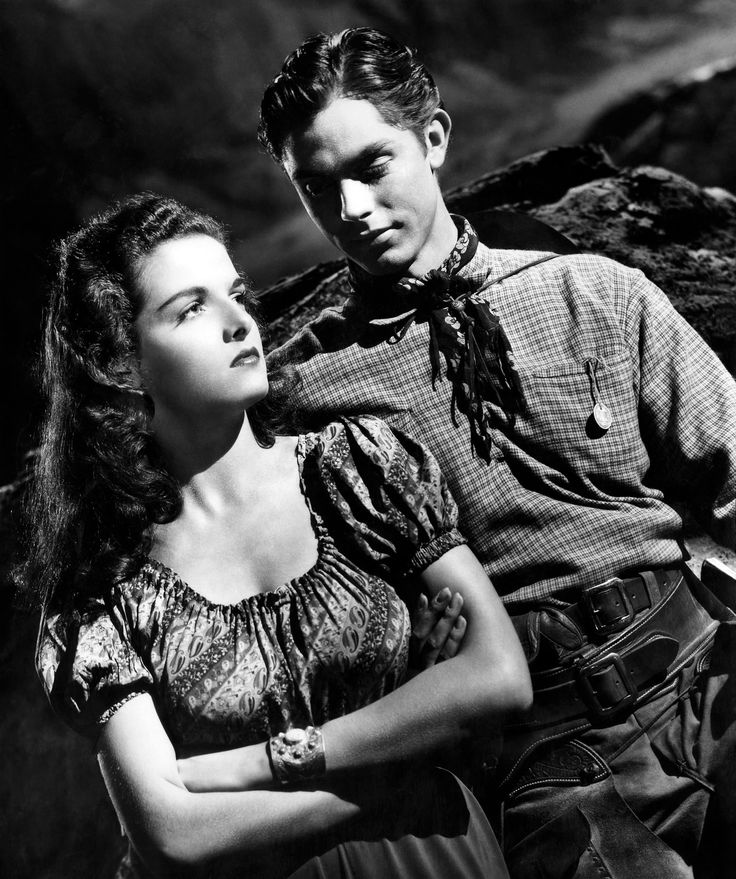 The Outlaw is a 1943 American Western film, directed by Howard Hughes and starring Jane Russell. Description from thefemalecelebrity.com. I searched for this on bing.com/images