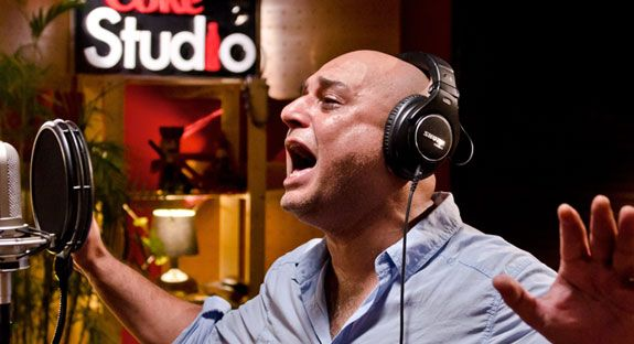 Ali Azmat entered in coke studio season 8 with the song Rangeela, he has really put the energy in the song, his melodious voice is more powerful and attractive. Ali Azmat is well known for the musi...