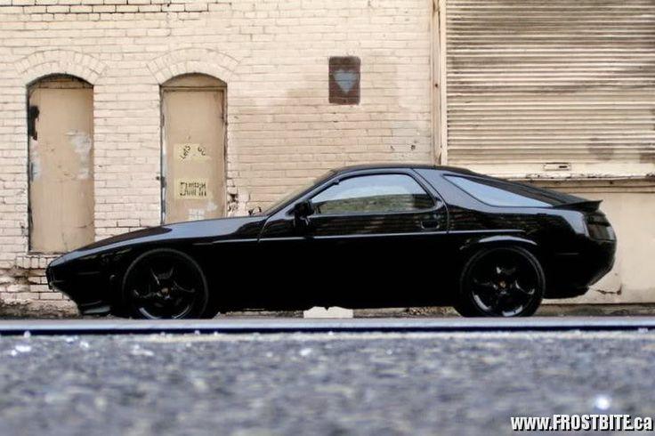Murdered out Porsche 928