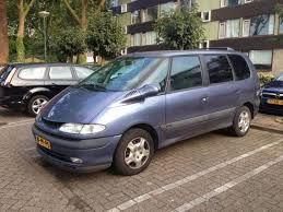 renault espace 1997. bigger family, bigger car..