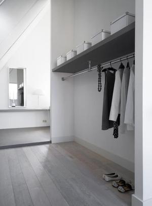 Bekijk de foto van stefanie-isabella met als titel mooie garderobe ! en andere inspirerende plaatjes op Welke.nl.