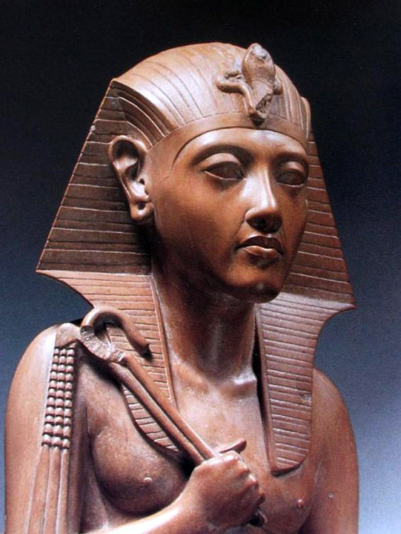 Hatshepsut is one of the most powerful women in the ancient world and one of the best monks in ancient Egypt. She was the fifth pharaoh of the eighteenth dynasty of Egypt and ruled longer than any ruler in Egyptian history.