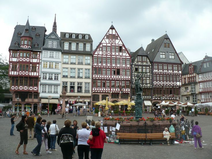A Rough Guide to Germany : Things to do in Frankfurt
