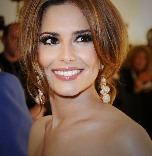 Cheryl Cole - her make up is perfection, love the glossy lips