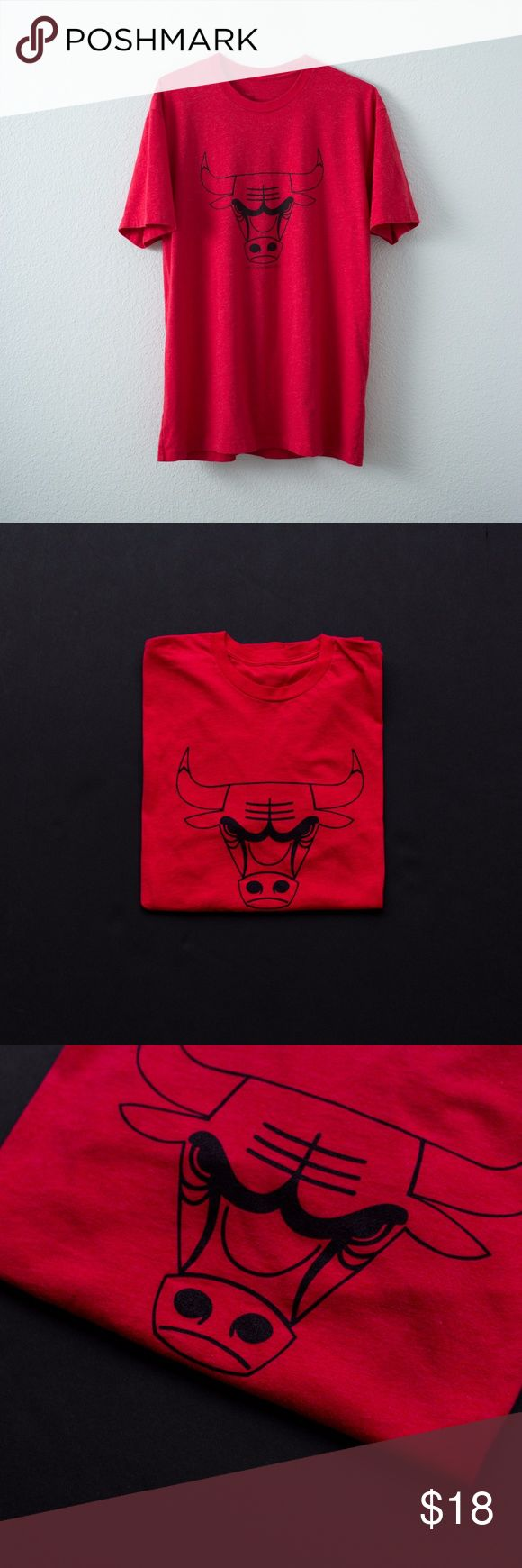 LTD NBA Chicago Bulls Triblend Tee LTD NBA Chicago Bulls Triblend Tee  Condition: 8/10 Shirts Tees - Short Sleeve