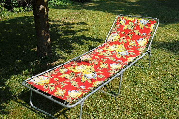 1960s' vintage sun lounger vintageactually.co.uk