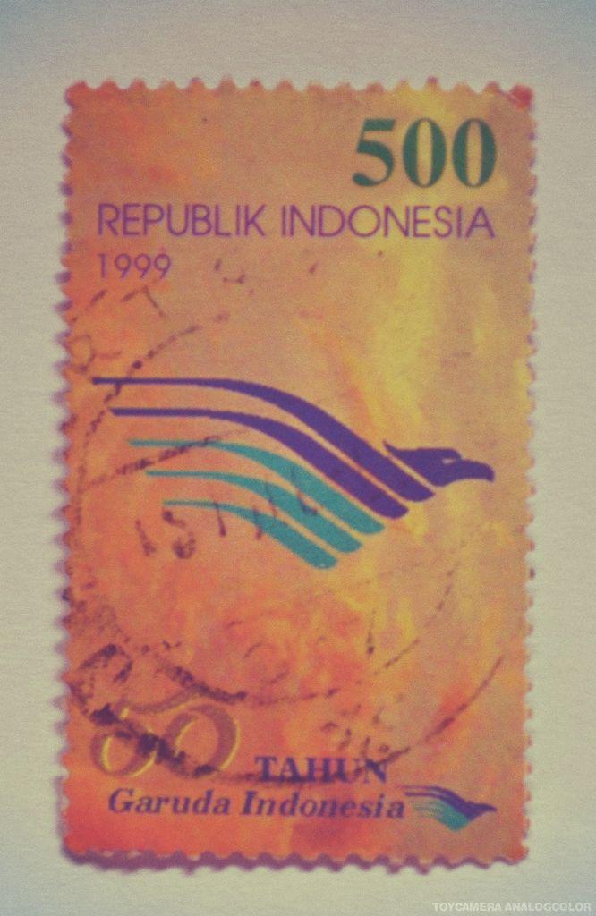 perangko 50 tahun Garuda Indonesia tahun 1999 (Rp 500)
