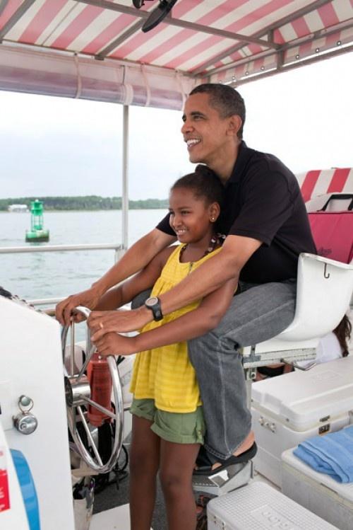 Sasha Obama Turns 11. (June 10, 2012.)