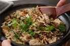 キノコと豚バラの炊き込みごはん|日本橋ゆかり三代目コラボレシピ|日本橋だしの料理帖|株式会社にんべん