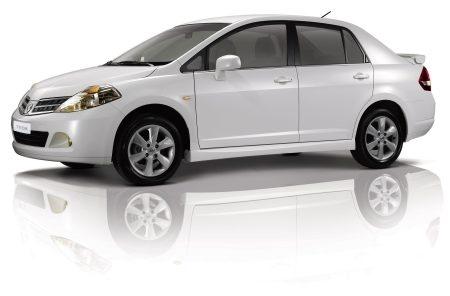 Nissan Tiida 16 Sedan