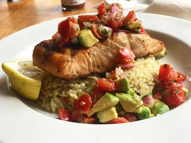grilled salmon + mushroom risotto + avocado salad • • • • • • • • #grilledsalmon #mushrooms #mushroomrisotto #avocado #tomato #tomatoes #avocadosalad #fresh #deliciousfood #healthylifestyle #carmelbythesea #carmelcalifornia #carmellocals #montereybaylocals - posted by Big Al's Eats https://www.instagram.com/bigalseats - See more of Carmel By The Sea, CA at http://carmellocals.com
