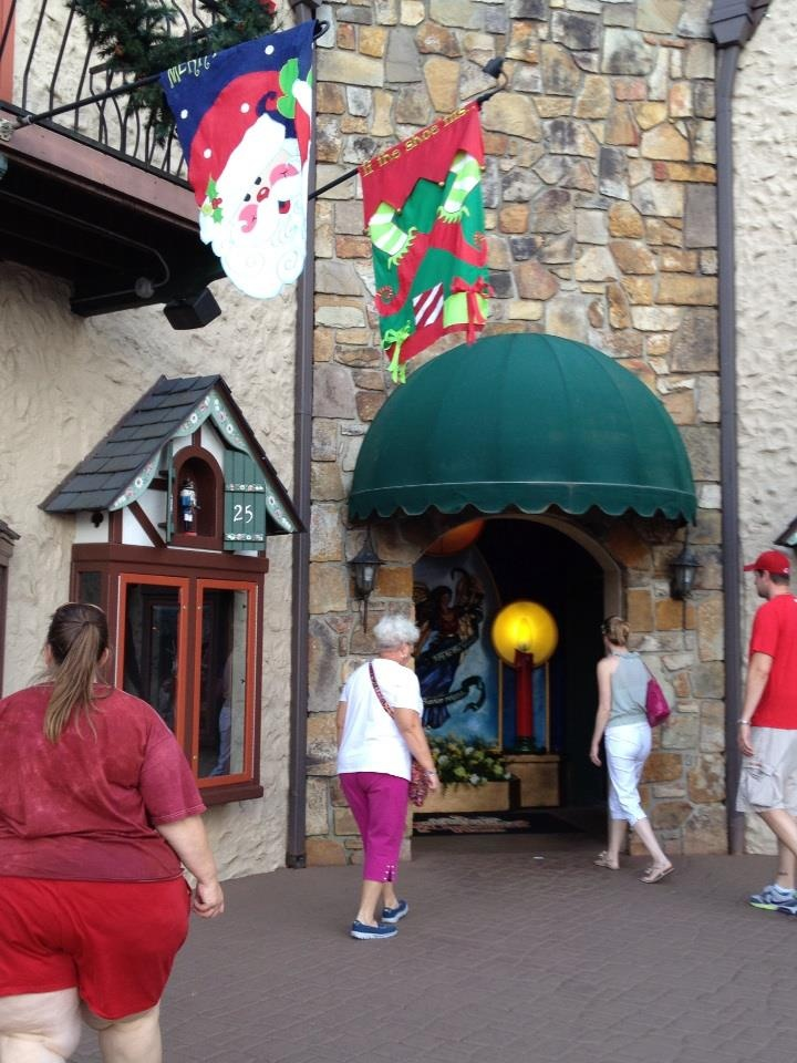 It's Christmas all year at The Incredible Christmas Place! #Pigeon #Forge #Tennessee #vacation #attractions #fun #family #whattodo