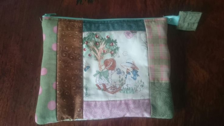 """Zip purse for Evy. 10""""x8""""."""
